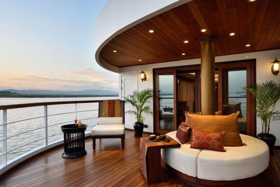 cruise luxury.jpg
