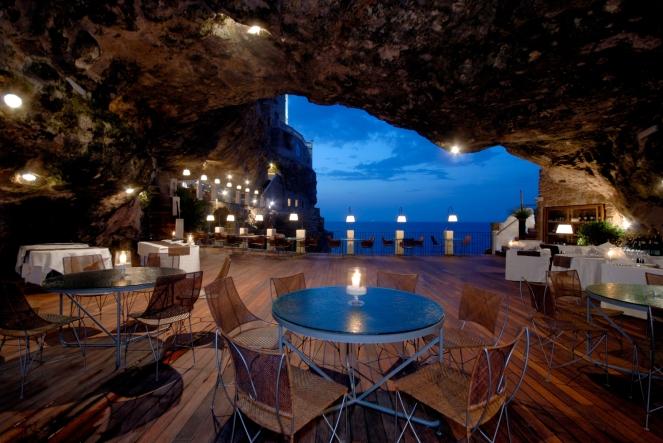 Grotta Palazzese 1.jpg