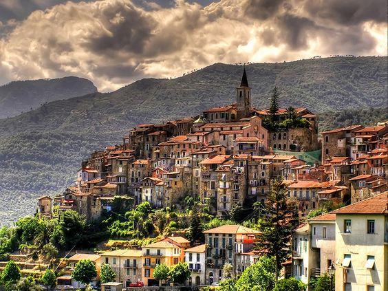 Liguria region Apricale.jpg