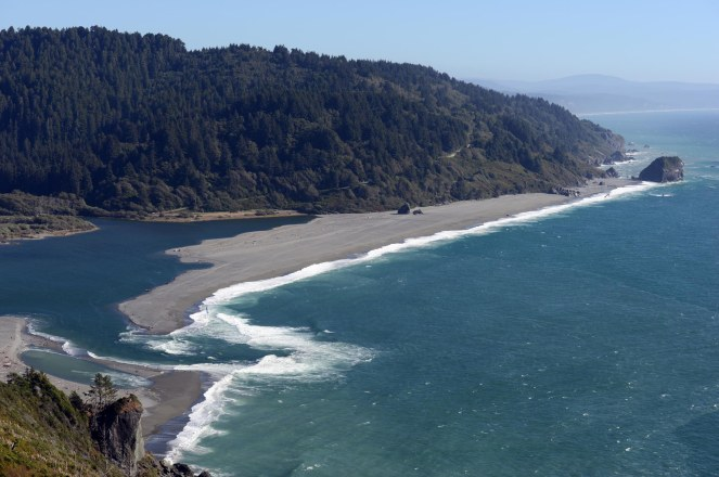 Klamath river at beach.jpg