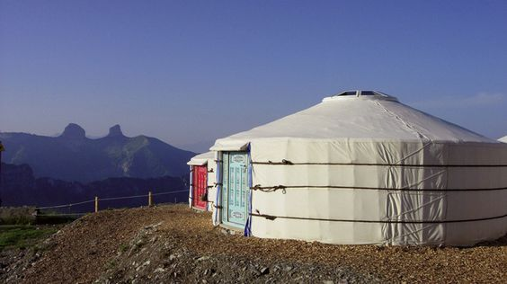 Switzerland Mongol yurt.jpg