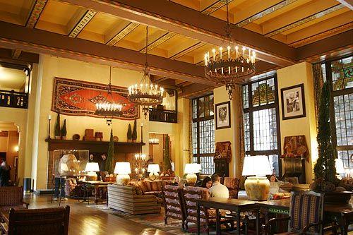 Ahwahnee lobby 2