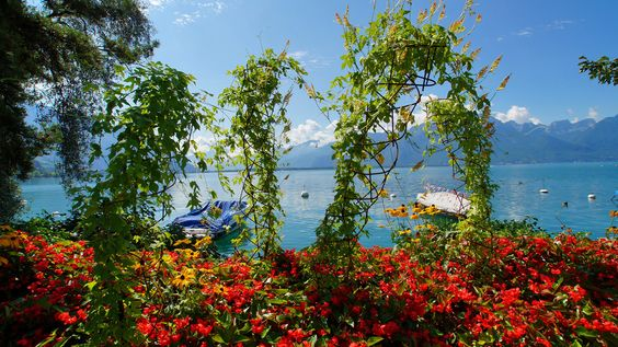 Montreux promenade 2.jpg